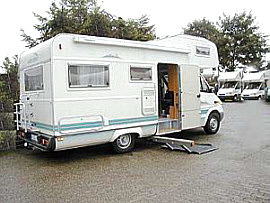 Services equipment rentals - Accessible motorhome with lift