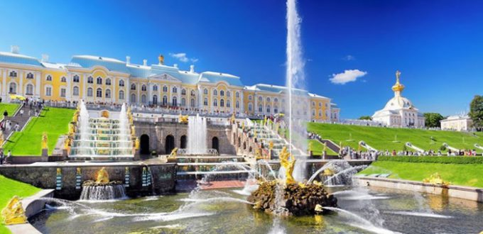 Accessible excursion in StPetersburg - Peterhof gardens