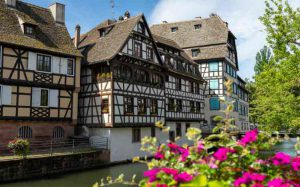 France accessible by accessible van - Alsace - Old houses