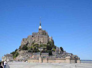 France accessible by accessible van - Le Mont Saint Michel